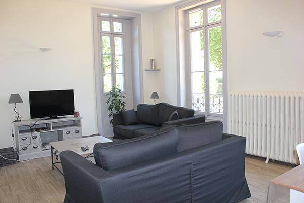 Séjour salon TV Château de la Roche